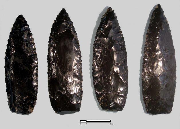 cantona-obsidian-knives
